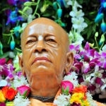 Srila-Prabhupada-Vyasa-Puja-2013-11