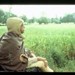 CT07-164 Шрила Прабхупада отдыхает на природе