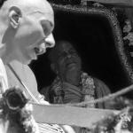 21 Прабхупада и Вишнуджана на Ратха-ятре