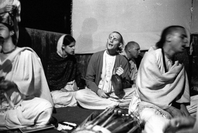 1970 Radha Krishna Temple album recording in studio